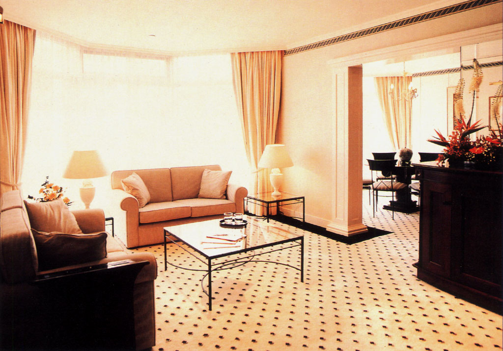 Ramada renaissance hotel hk conversion and upgrading for 5 star living rooms